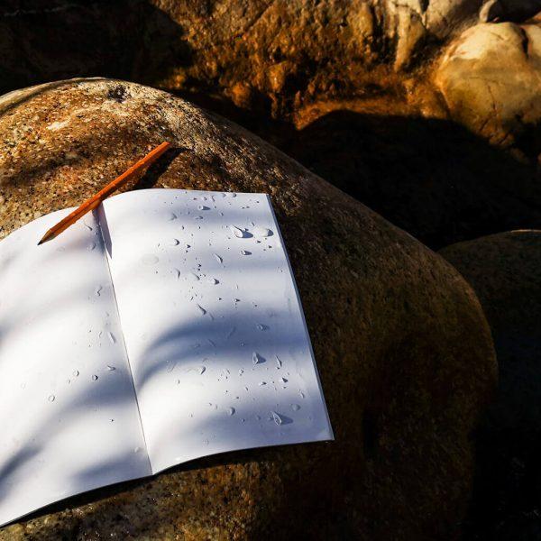 Atlaua-waterproof-travel-diary