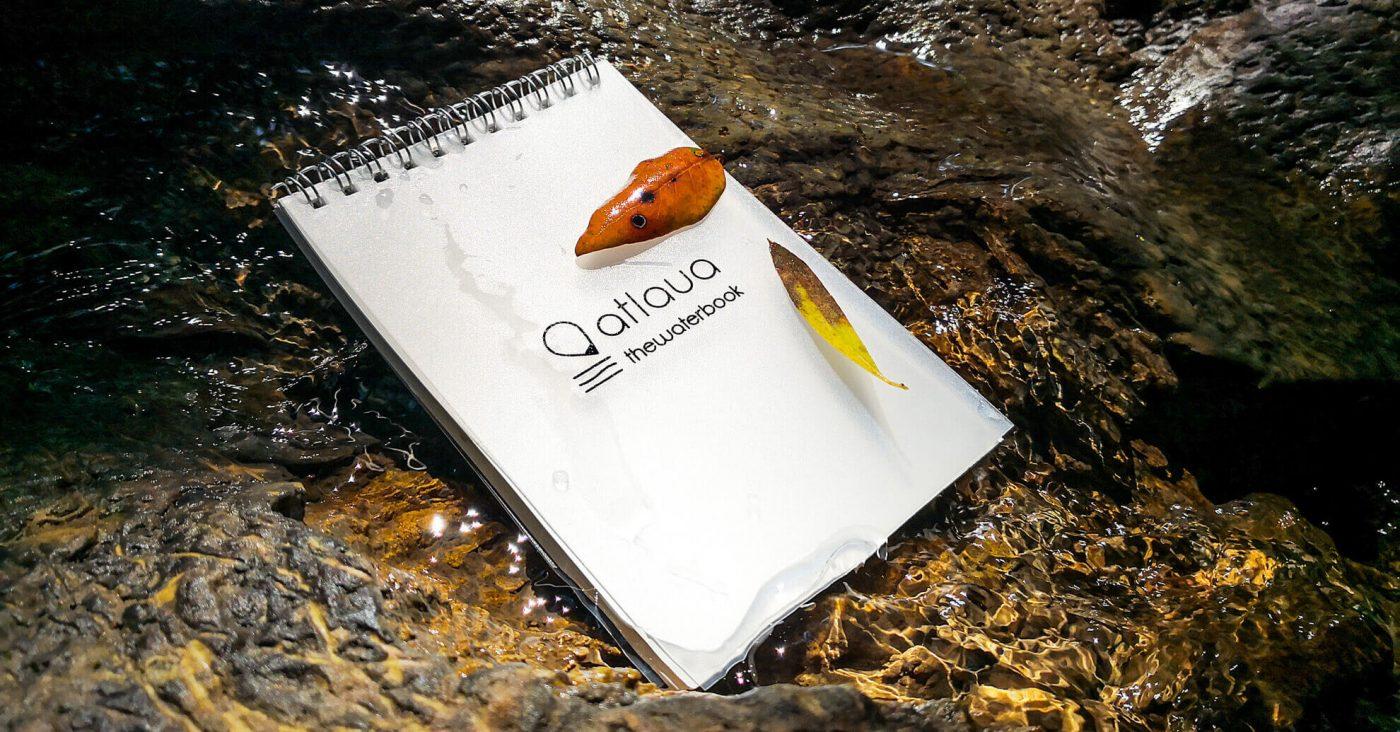 accessori per campeggio ed escursioni. Spiral notebook waterproof